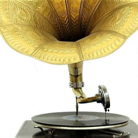 Gramofon Kare Köşeleri Bronz İşli