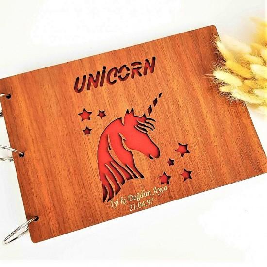 İsme Özel Ahşap Unicorn Desenli Fotoğraf Albüm