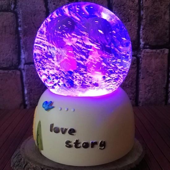 Aşk Hikayesi Işıklı Müzikli Motorlu Kar Küresi
