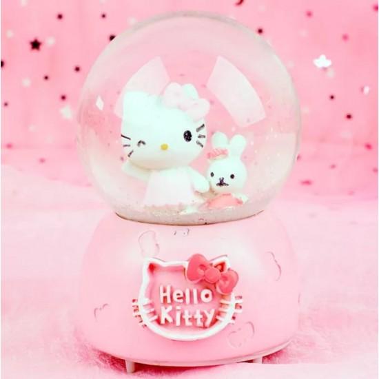 Hello Kitty Işıklı Müzikli Püskürtmeli Büyük Boy Kar Küresi