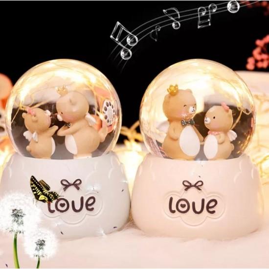 Sevimli Ayıların Aşk Hikayeleri Işıklı Müzikli Orta Boy Kar Küresi