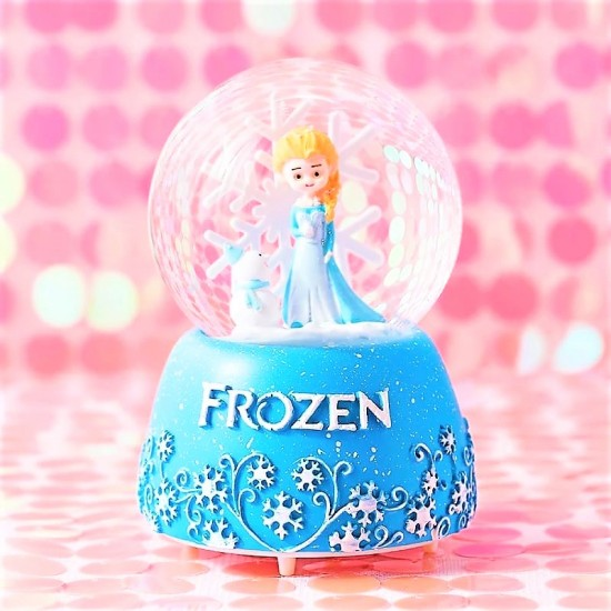 Frozen Temalı Işıklı Müzikli Orta Boy Kar Küresi