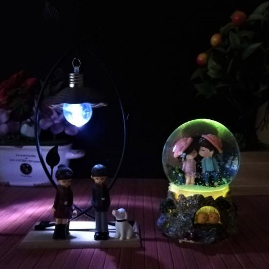 Işıklı Çifte Kumrular Kar Küresi ve Biblo Seti