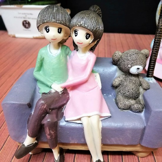 Işıklı Pijamalı Sevgililer Kar Küresi ve Biblo Seti