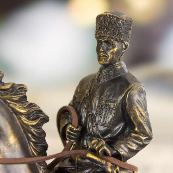 Dekoratif Mustafa Kemal Atatürk Tasarımlı Biblo Füme