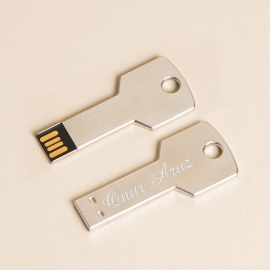 İsme Özel Anahtar Görünümlü USB Bellek 16 GB