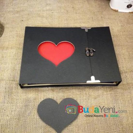 Kalp Temalı Fotoğraf Albümü