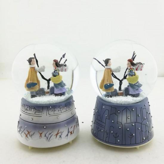 Kış Masalı Işıklı Müzikli Orta Boy Kar Küresi