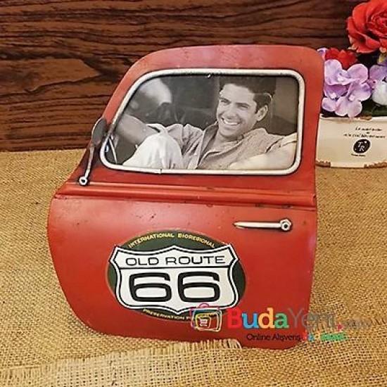 Nostaljik Araba Kapısı Şeklinde Fotoğraf Çerçevesi