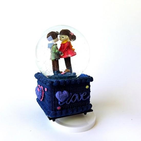 Romantik Çift Kar Küresi ve Müzik Kutusu Küçük Boy