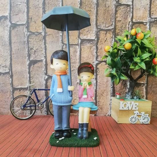 Şemsiyeli çift biblo