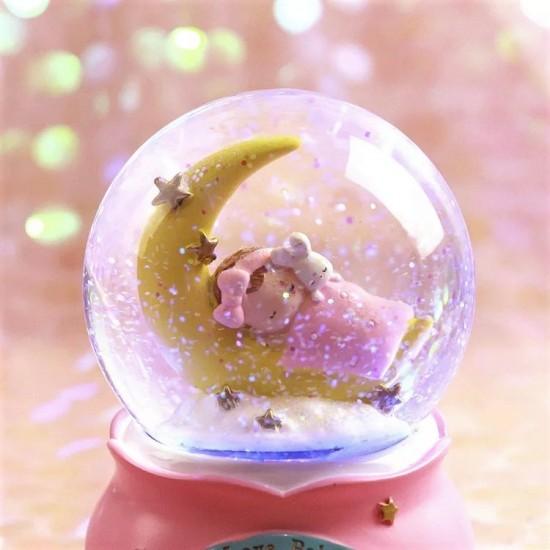 Uyuyan Bebekli Işıklı Kar Küresi Ve Müzik Kutusu